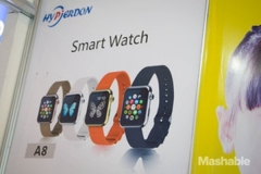 Tiruan Apple Watch Ini Hanya 27 Dolar Di CES 2015