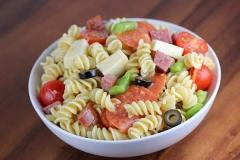 Yuk Buat Italian Pasta Salad Untuk Menu Makan Siangmu!