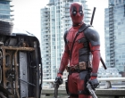 Gempar! Video Deadpool Cium Kening Wayne Rooney!