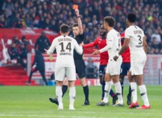 PSG Kembali Gagal Menjuarai Liga Prancis Setelah Kalah 5-1 Dari Lille. Benarkah Karena Kutukan Drake?